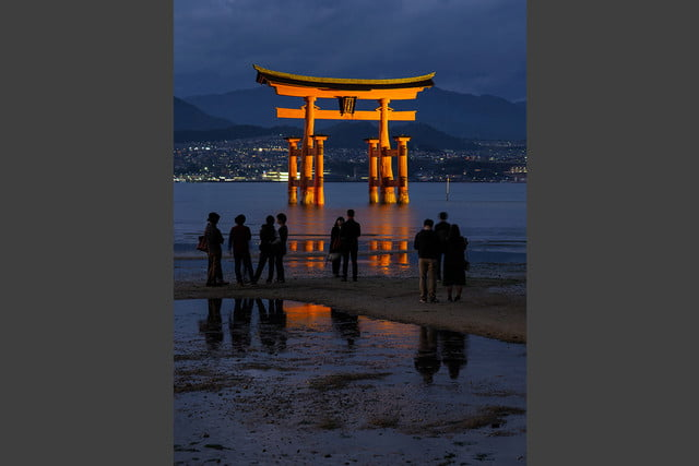 photographer jay dickmans adventurous spirit 04 torii shrine