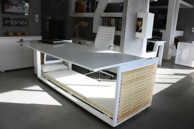 this bed desk would make it easy to nap at work 1  6 s m of life 001