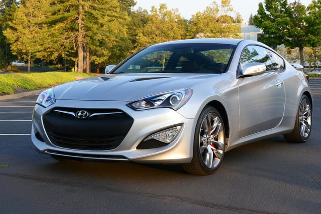 2013 hyundai genesis coupe front angle