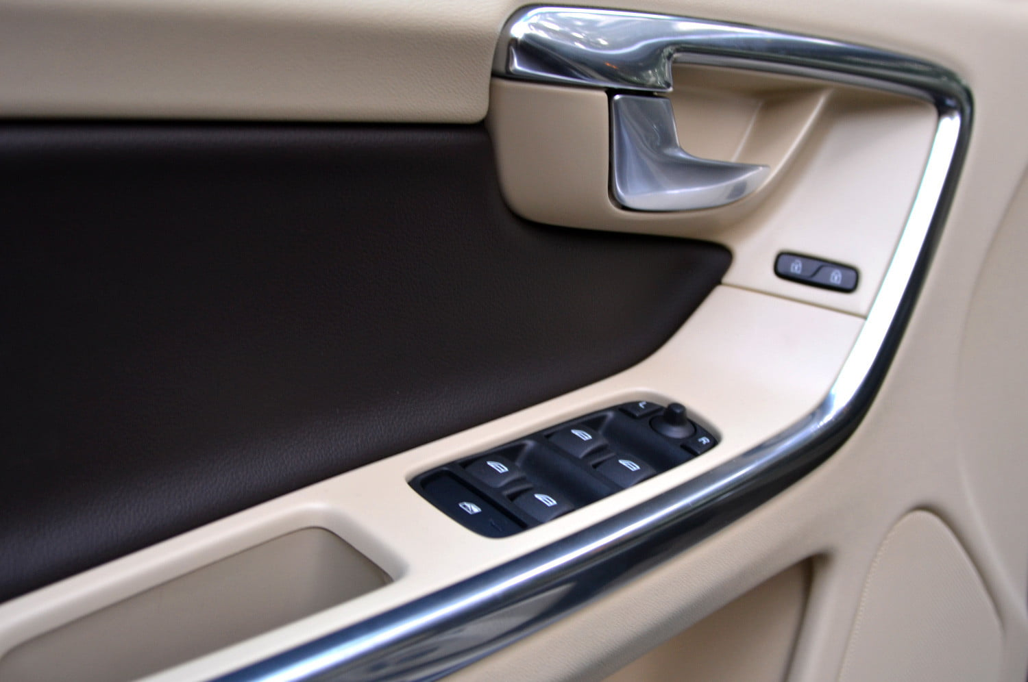 2013 volvo xc60 door controls & 2013 Volvo XC60 review | Digital Trends Pezcame.Com