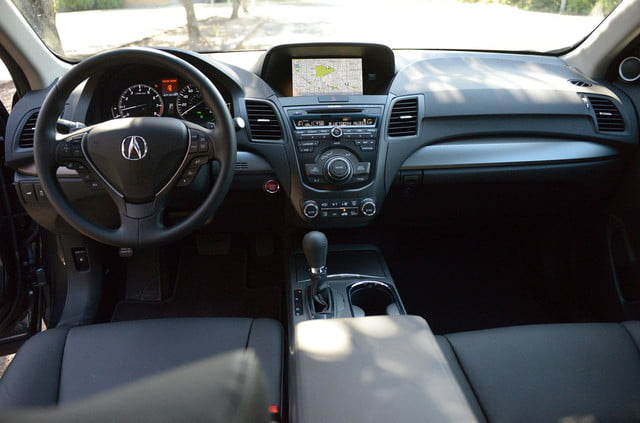 2014 Acura RDX interior front back view