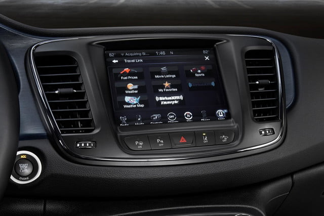chrysler uconnect 2015 200s awd screen 1500x1000