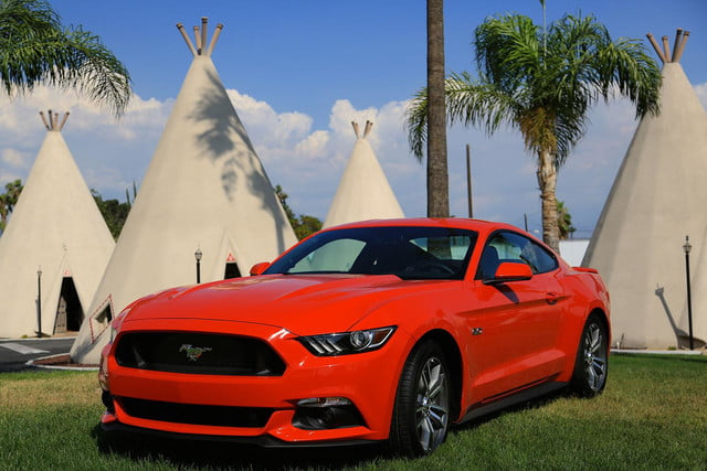 2015 Ford Mustang teepee