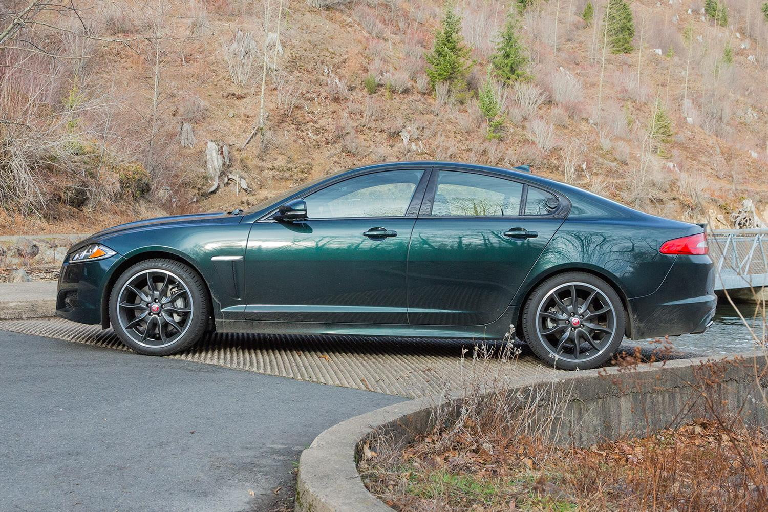 for c sport sale ny near neck jaguar great xf htm used l main stock