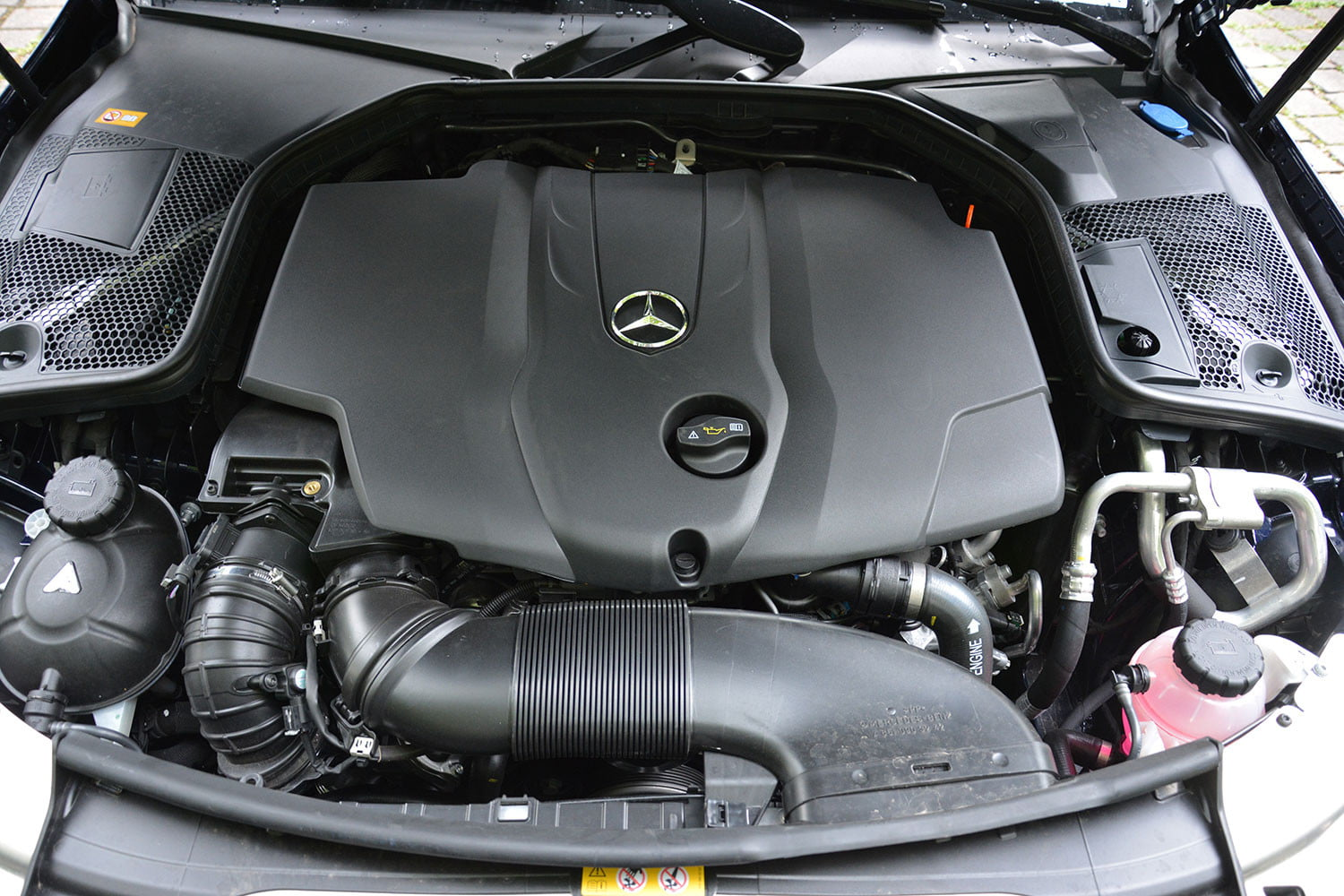 Mercedes benz c250d review specs driving impressions for Mercedes benz engines specifications