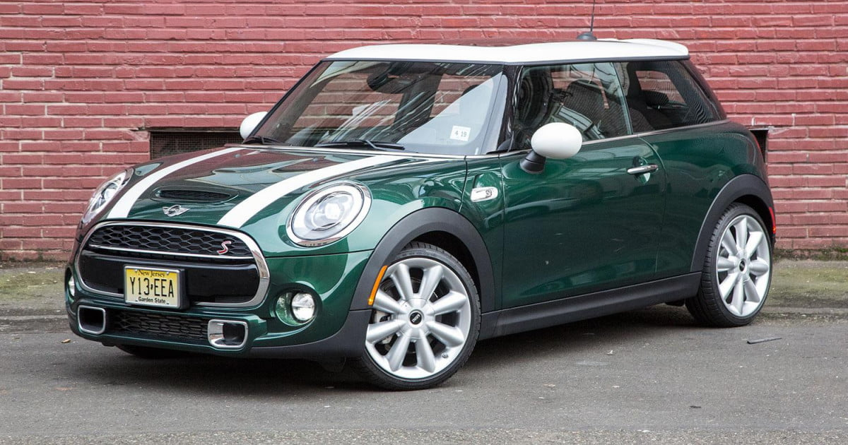 2015 mini cooper s hardtop review digital trends. Black Bedroom Furniture Sets. Home Design Ideas