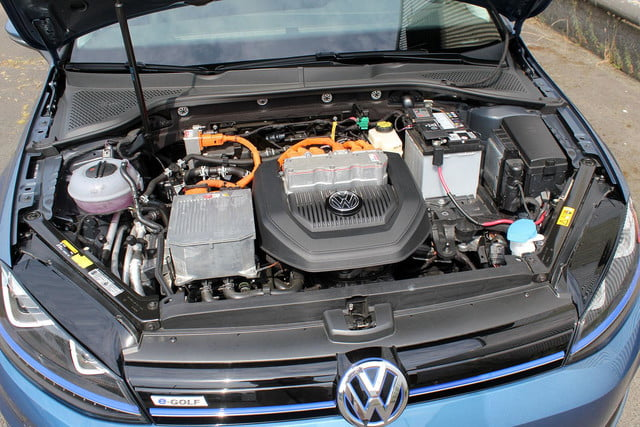 2015 vw e golf volkswagen engine top angle