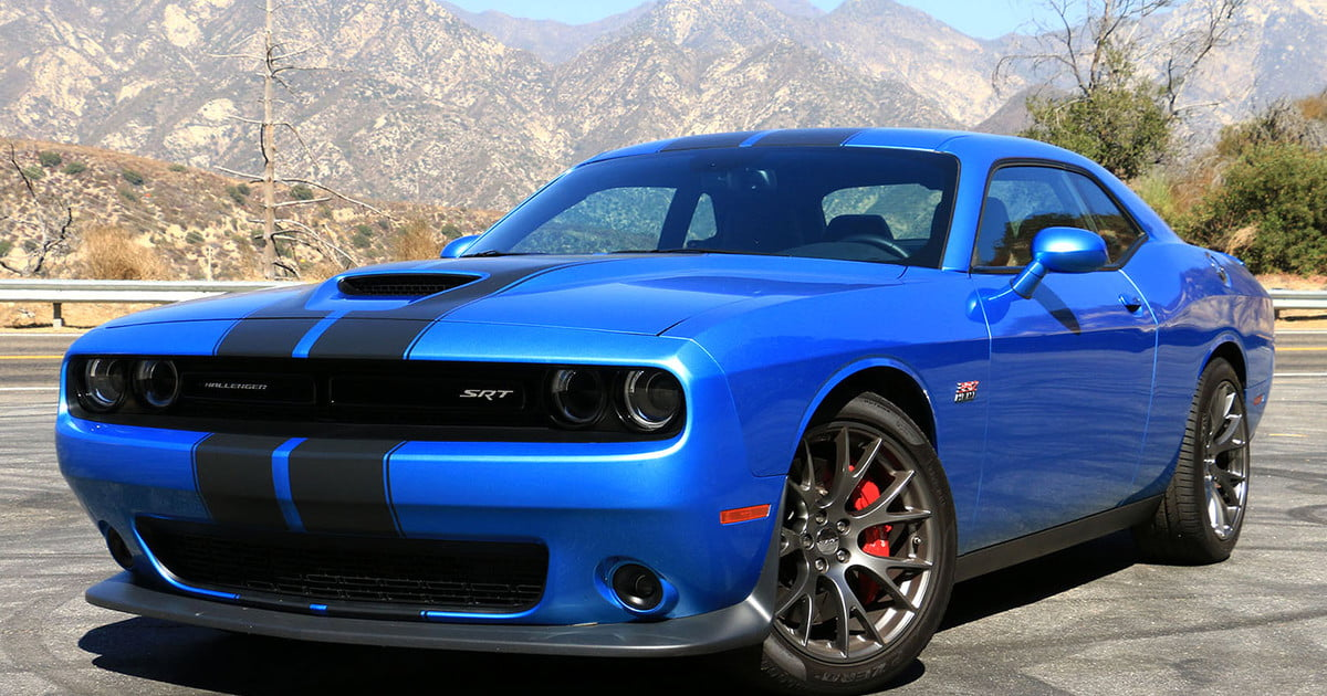 2016 dodge challenger srt 392 review digital trends. Black Bedroom Furniture Sets. Home Design Ideas