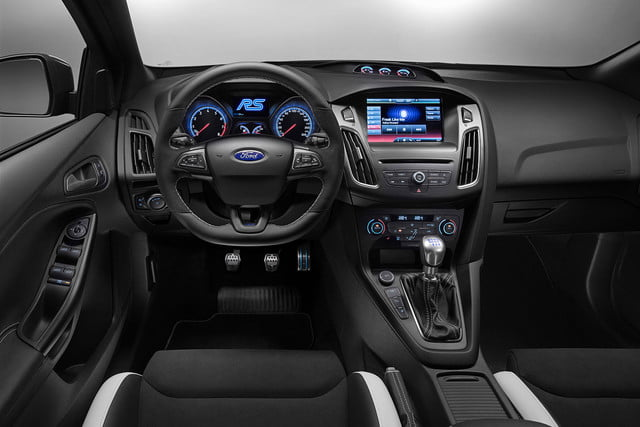 2016 ford focus rs first drive interior 3