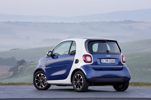 2016 smart fortwo  45