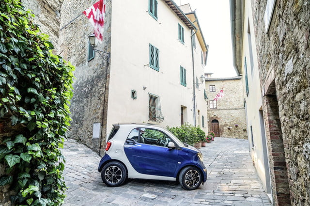 2016 smart fortwo  48