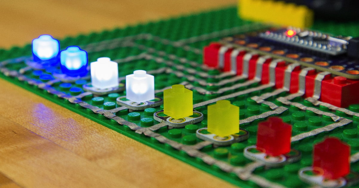 Crazy Circuits Are Lego Based Electronics Kits Delivered