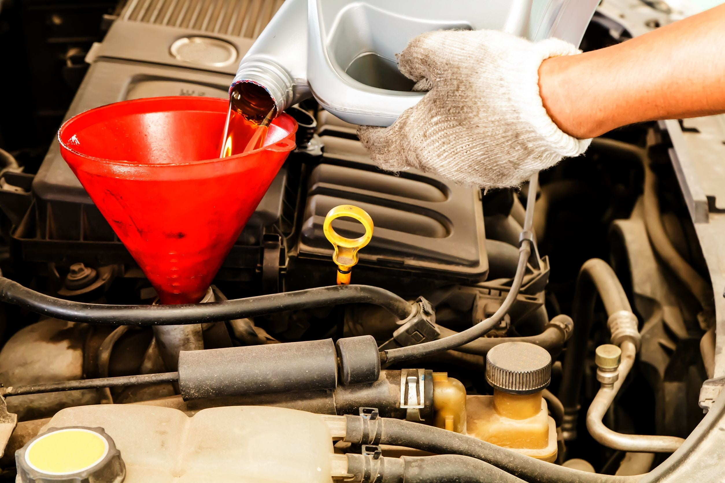 how to change your vehicles oil This page and video will show an oil and filter change done on a 2009 honda accord, but you'll find that most vehicles are pretty similar as always—before any job—take a look at your service manual.