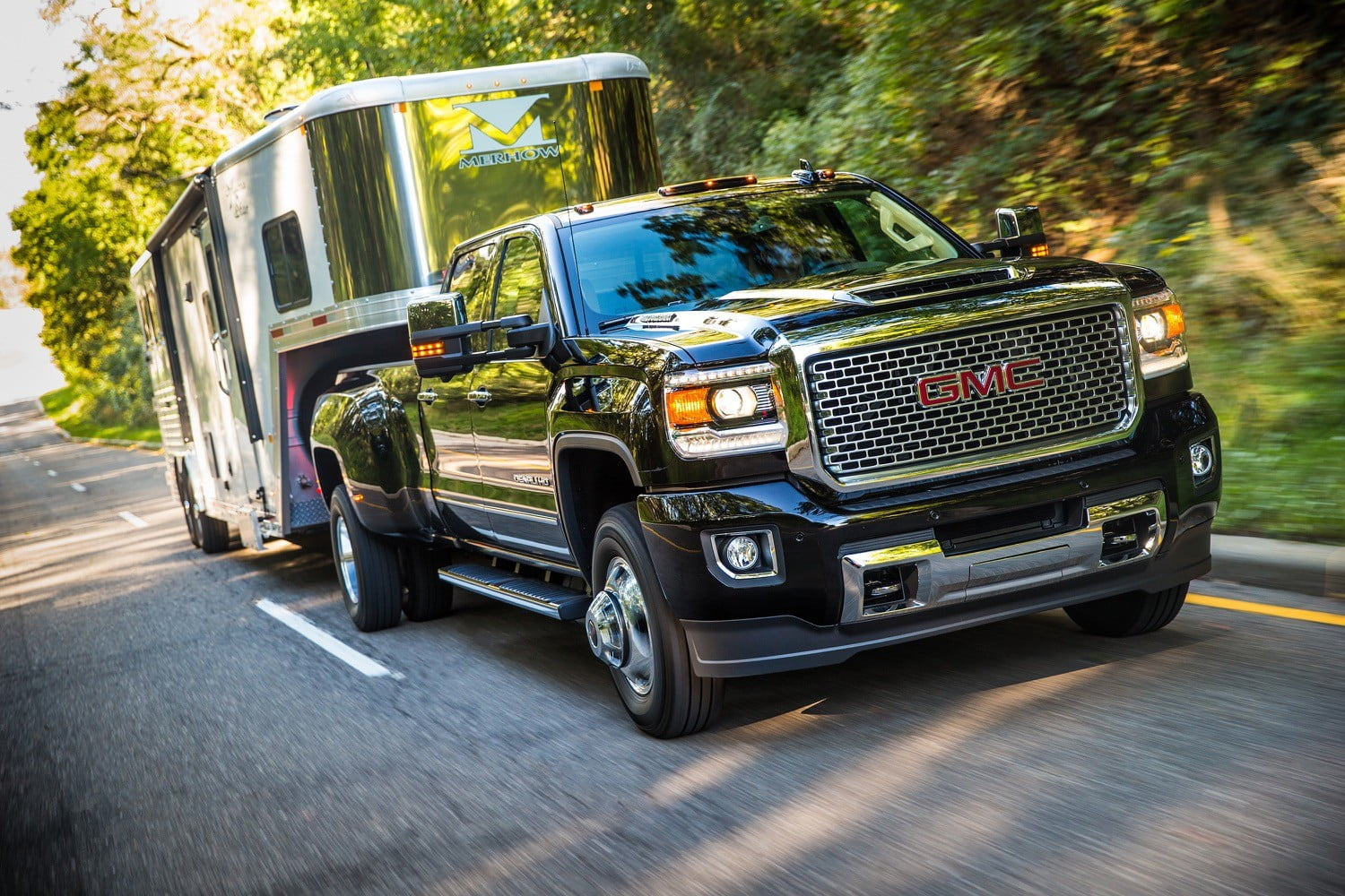 gm fires back at ford with upgraded duramax diesel v8 digital trends