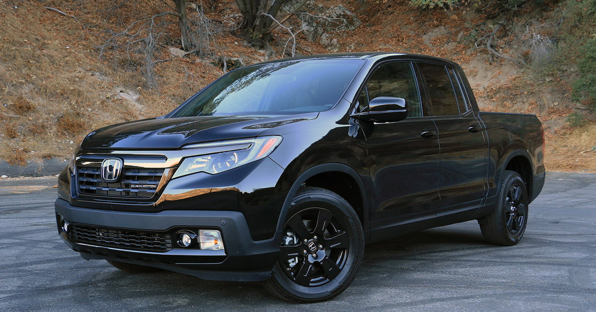 2017 honda ridgeline awd black edition review digital trends. Black Bedroom Furniture Sets. Home Design Ideas