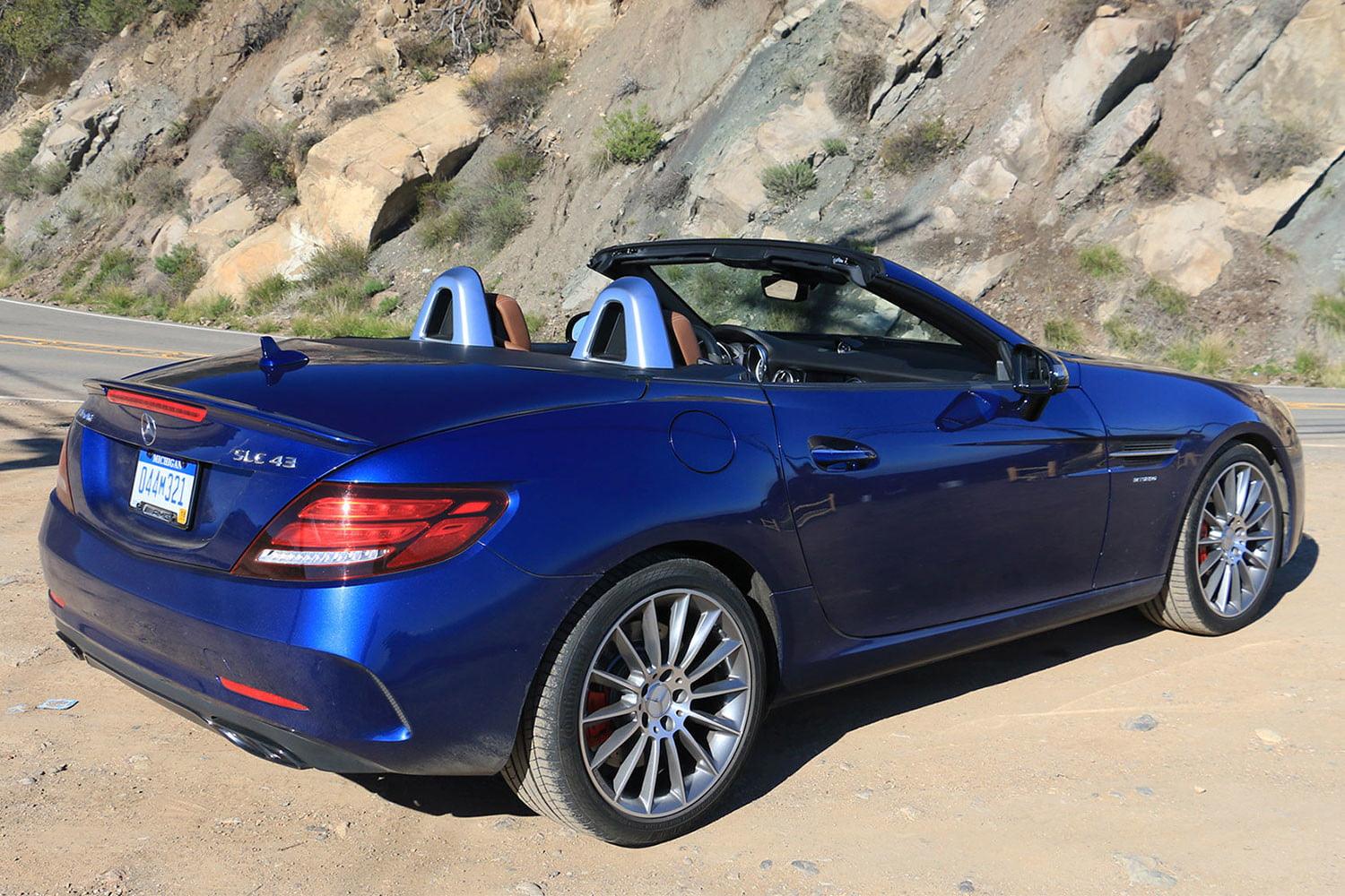 2017 mercedes amg slc43 first drive review digital trends for 2017 mercedes benz gls450 curb weight