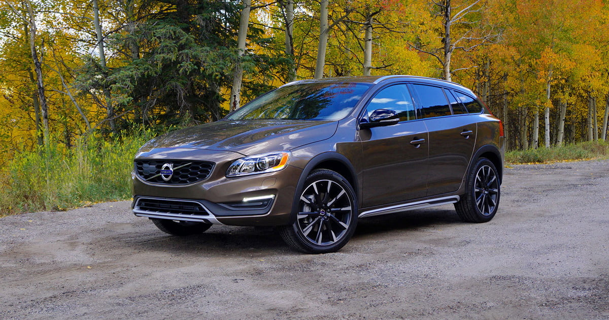 2017 Volvo V60 Cross Country: First Drive, Price, and More | Digital Trends