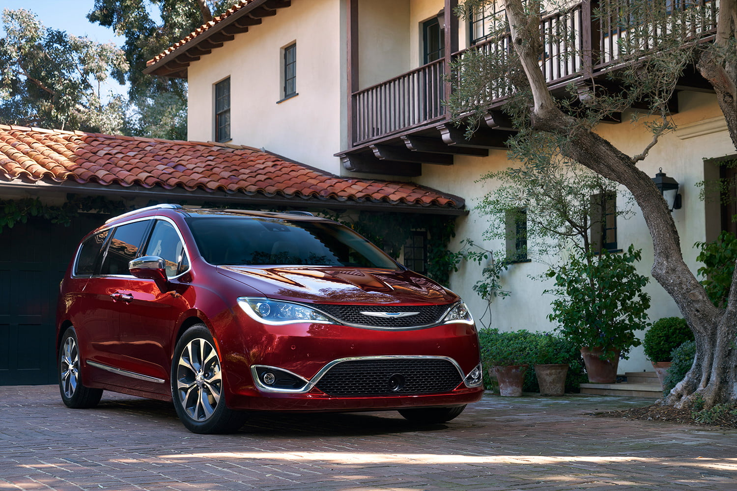 2018 chrysler pacifica prices specs features and news. Black Bedroom Furniture Sets. Home Design Ideas