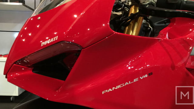 ducati 2018 motorcycle preview panigale v4 s nose logo