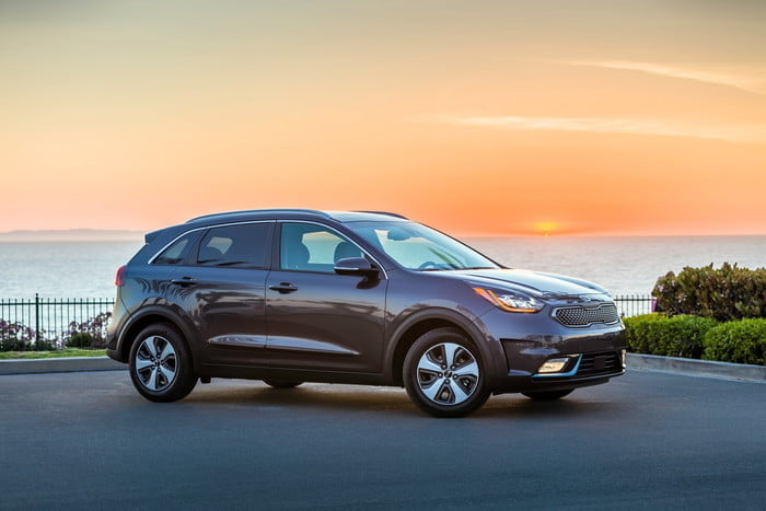 Kia Niro Plug In >> 2018 Kia Niro Plug In Hybrid Official Photos Details And Specs