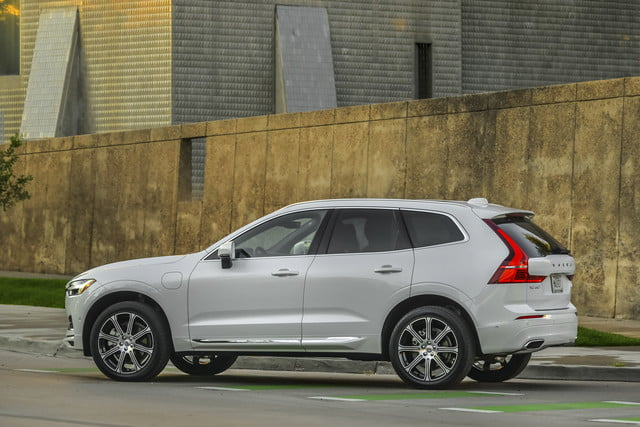 2018 volvo xc60 t8 312 review 14256