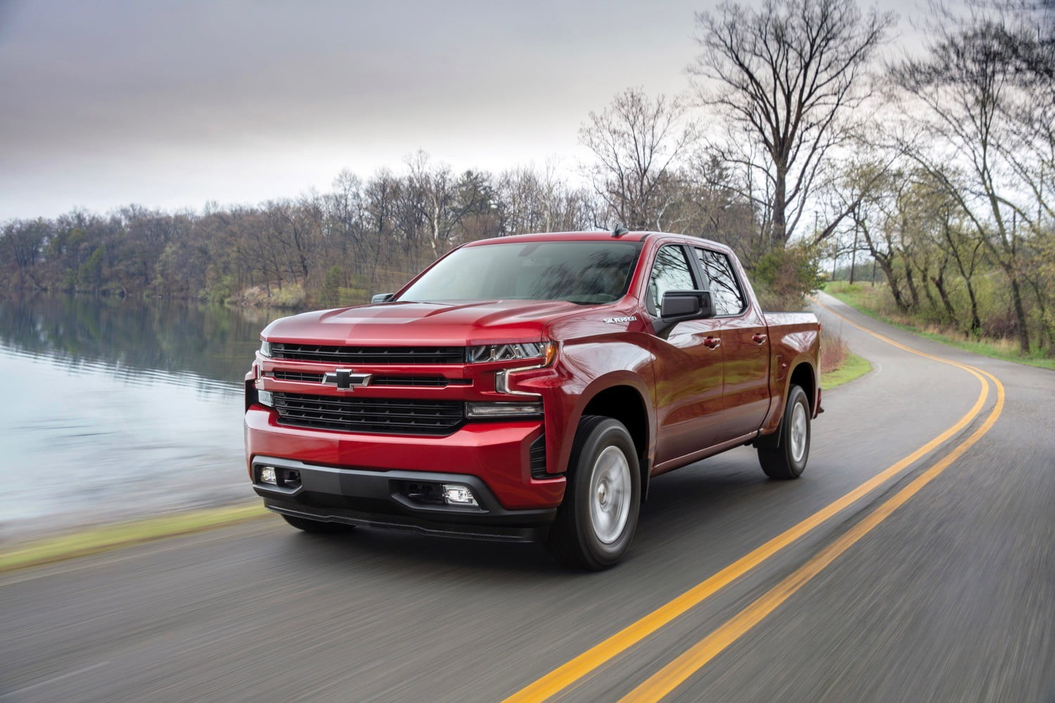 2019 Chevrolet Silverado Gets Serious About Mpg With New Four Cylinder Engine