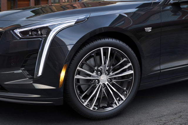 2019 Cadillac CT6 V-Sport Gets New Look, New V8 Engine | Digital Trends