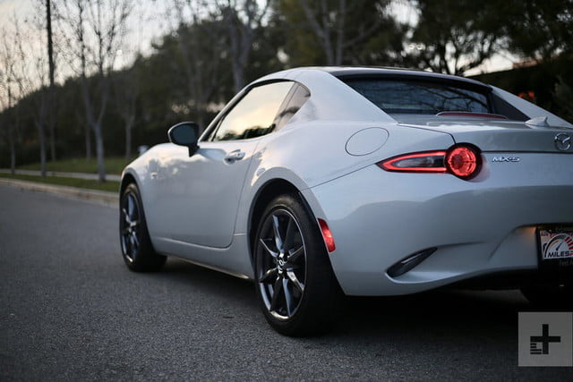2019 mazda mx 5 rf review pictures pricing specs digital trends. Black Bedroom Furniture Sets. Home Design Ideas