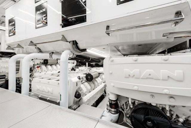 ab yachts ab100 spectre engines