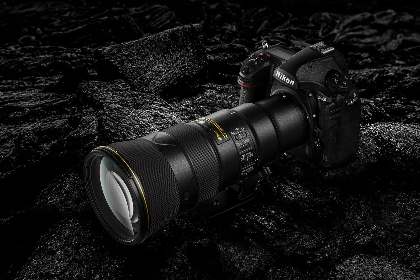 Nikon Launches New Laser Dot Sight and Lightweight 500mm Lens
