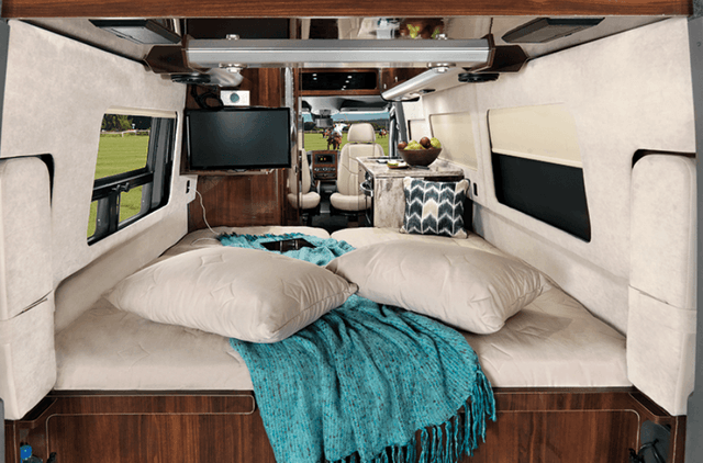 Airstream Interstate Grand Tour Ext Queen Bed