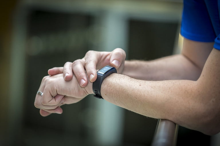 How accurate are fitness trackers?   Garmin Vivosmart HR