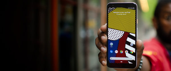 As stock Android spreads, is it time for Android manufacturer skins to die?