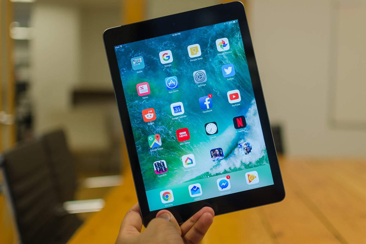apple ipad review 2017 the best all around tablet digital trends. Black Bedroom Furniture Sets. Home Design Ideas