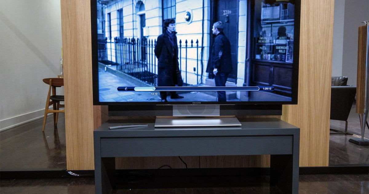 Bang Amp Olufsen S Avant Tv Handles Uhd 4k Has Motorized