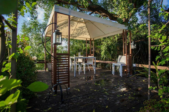 the bangkok tree house hotel lets guests sleep under stars resort 32