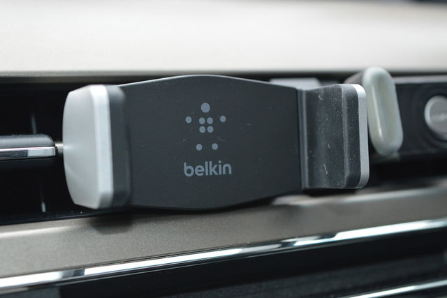 belkin car vent mount first impressions 03