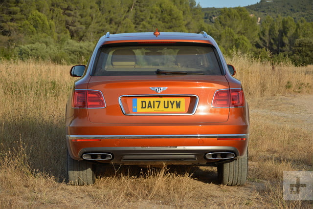 2017 bentley bentayga bently review 14030