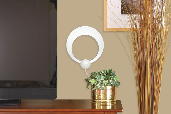 best indoor hdtv antennas tv clearstream eclipse amplified body
