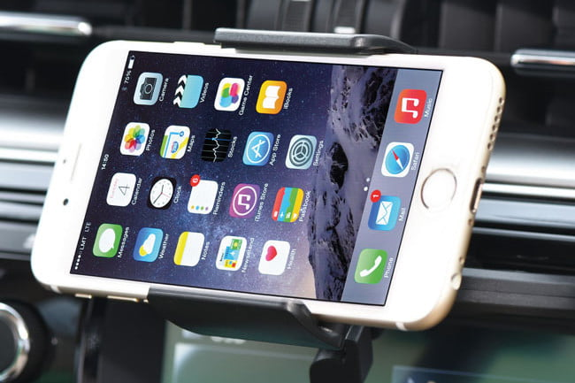 The Best iPhone Car Mounts for Cradling Your Device on the Go