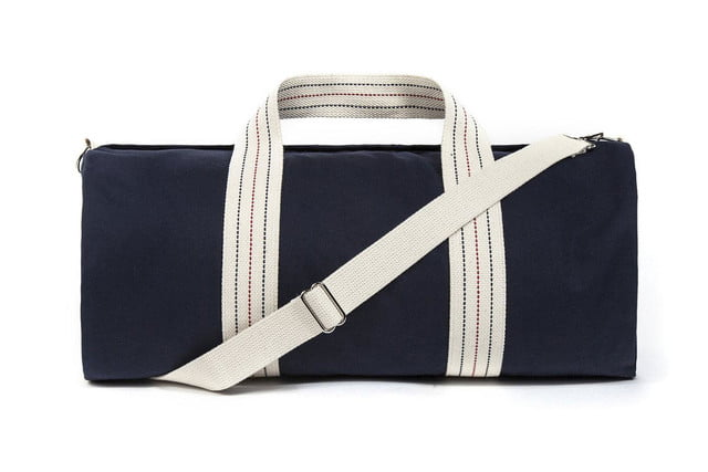 Blue Claw Co. and Bespoke Post team up to produce the ultimate gym bag