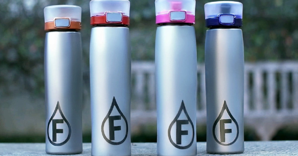 Flavor Changing Water Bottle Turns H20 Into H2 Woah