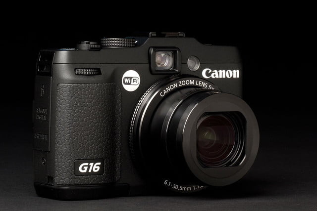 Canon G16 Camera front angle lens zoom
