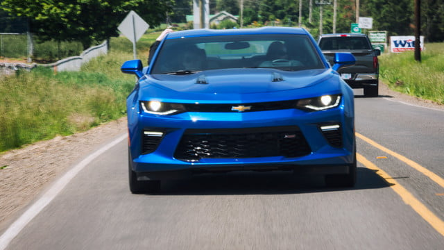 2016 car awards chevy camaro ss
