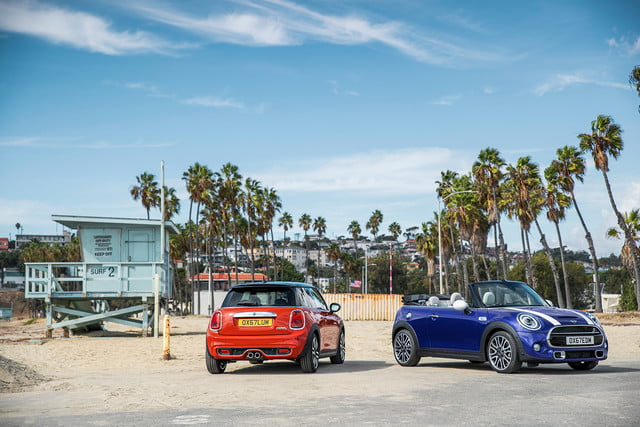 mini refreshes cooper 2 4 door hardtop and convertible for detroit 2018  38