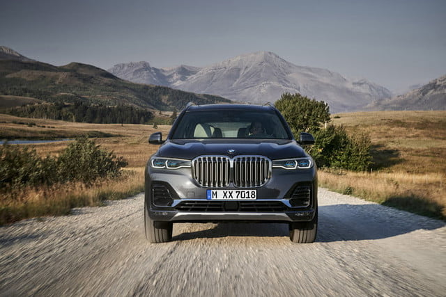 2020 BMW X7 And X7M Price >> 2020 Bmw X7 News Pictures Specs Performance Price Digital Trends