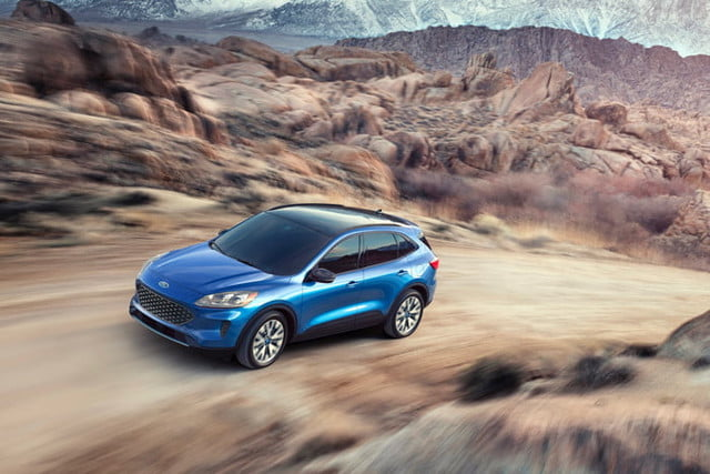 2021 Ford Escape Models And All Prices >> 2020 Ford Escape Debuts With Hybrid Plug In Hybrid