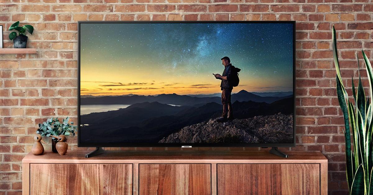 Hurry! This fantastic 50-inch Samsung 4K TV is $330 today