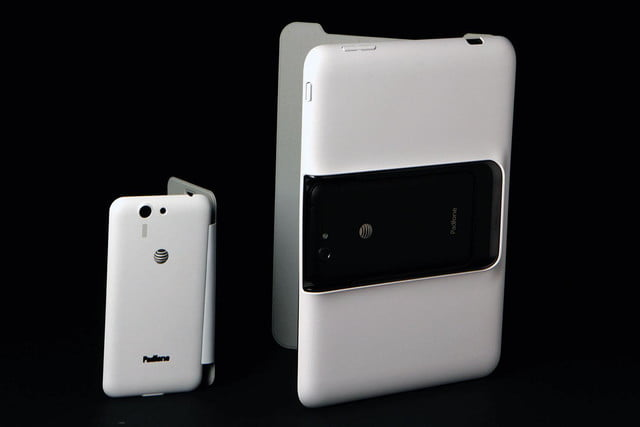 ASUS PadPhone Station with phone