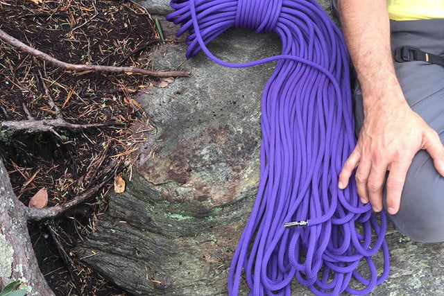 black diamond climbing ropes hands on rope 7